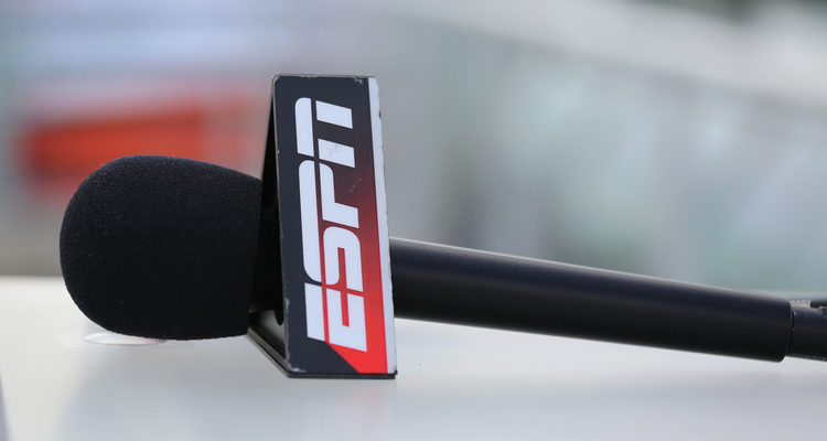 What Your Business Can Learn From ESPN's New Social Media Guidelines